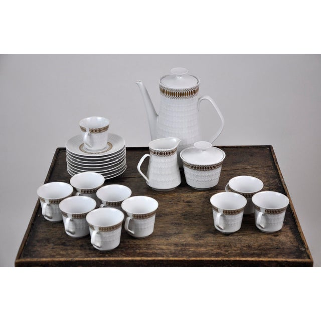1950s Winterling Marktleuthen Bavaria Mid-Century Modern Embossed Diamonds Coffee Pot Porcelain 23 Pieces Set For Sale - Image 5 of 10