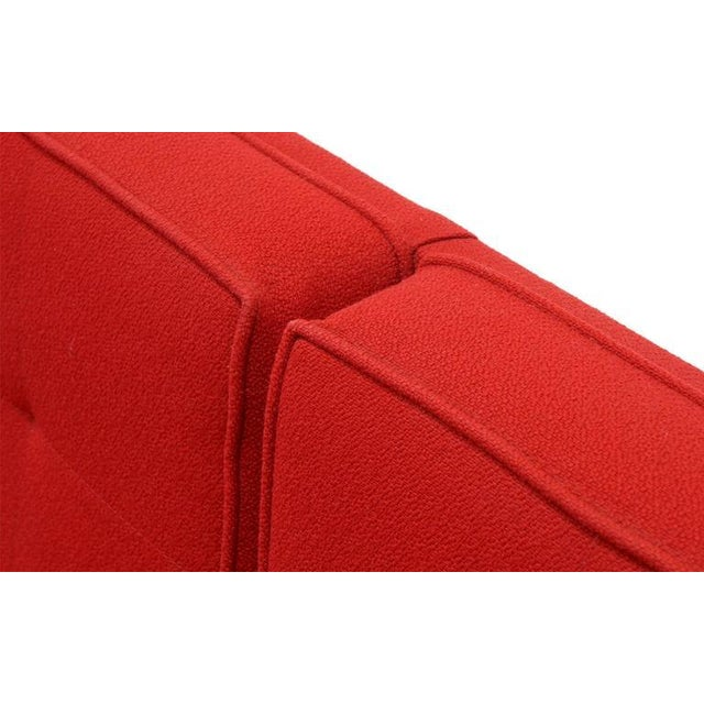 Florence Knoll Parallel Bar Three-Seat Armless Sofa Red Wool Fabric For Sale In Kansas City - Image 6 of 8