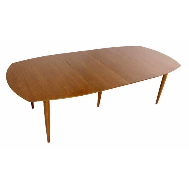 Mid 20th Century John Stuart Mid Century Modern Walnut Dining Table with Two Leaves For Sale - Image 5 of 10