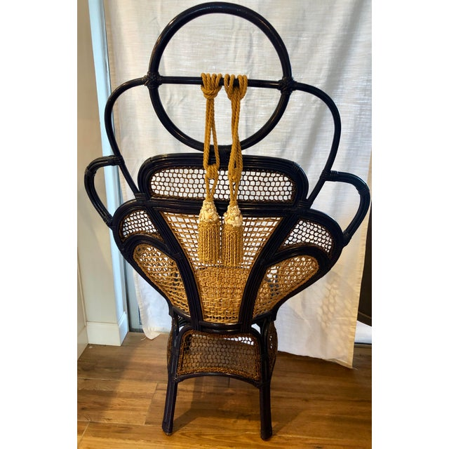 This is a great chair for any room or lanai. Love everything about it. I added the seashell tassels for some seaside glam...