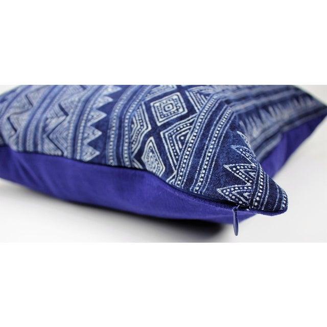 Hmong Zigzag Indigo Batik Handmade Pillow Cover - Image 4 of 6