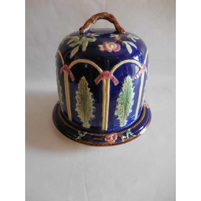 Blue Majolica Ribbon and Leaf Cheese Dome With Underplate For Sale - Image 8 of 8