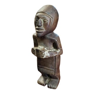 Late 18th Century Man Holding Cup Bronze Sculpture, Made in Benin For Sale