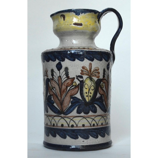 Vintage Guanajuato Capelo Majolica Pottery Pitcher For Sale - Image 4 of 6