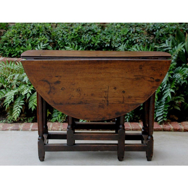 Antique English Traditional Oak Table Drop Leaf Gate Leg Farmhouse Sofa Table For Sale In Dallas - Image 6 of 13