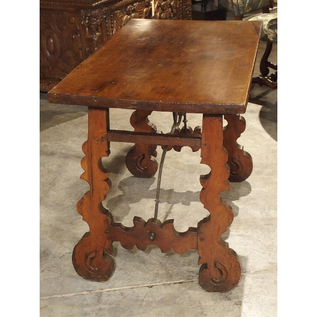 Mid 18th Century Circa 1750 Italian Walnut Wood Writing Table For Sale - Image 5 of 13