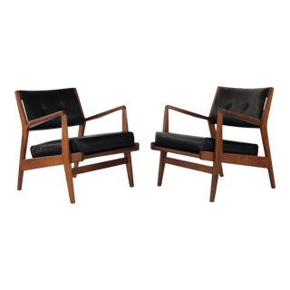 1960s Vintage Jens Risom Walnut Lounge Chairs - a Pair For Sale