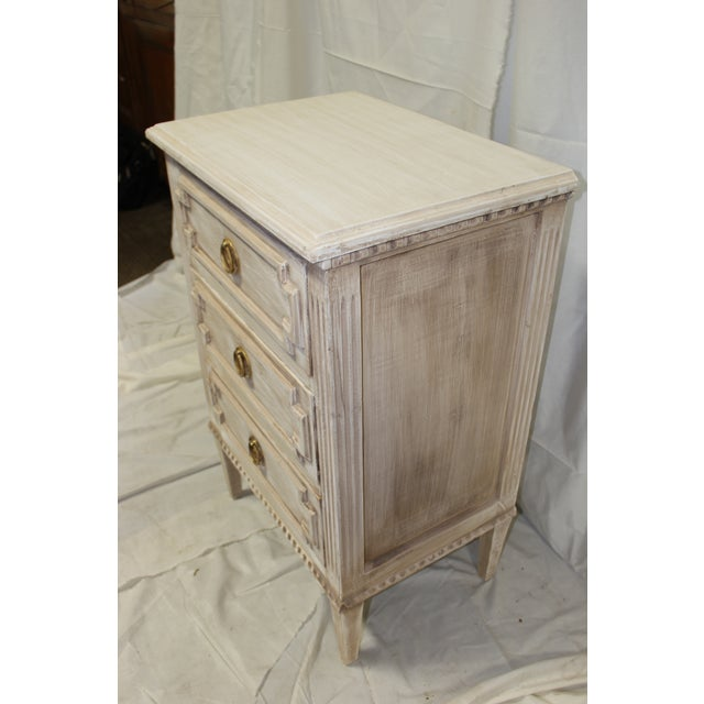 20th Century Swedish Gustavian 3-Drawer Nightstands - a Pair For Sale In Atlanta - Image 6 of 9
