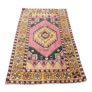 1960s Turkish Pink Distressed Rug-3′6″ × 5′10″ For Sale