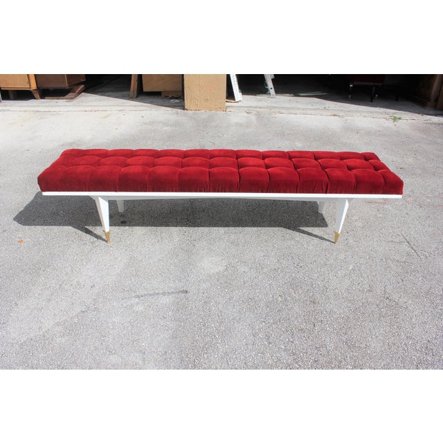 French Art Deco Snow White Lacquered Long Sitting Bench, circa 1940s For Sale - Image 4 of 11