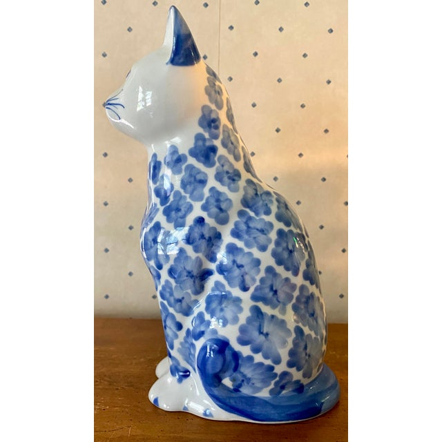 1980s Vintage Ceramic Blue & White Ikat Style Cat Figurine For Sale - Image 4 of 6