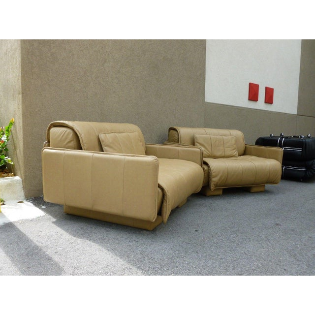 """Pair of De Sede of Switzerland """"1986"""" Oversized Modern Leather Chairs For Sale In Miami - Image 6 of 13"""