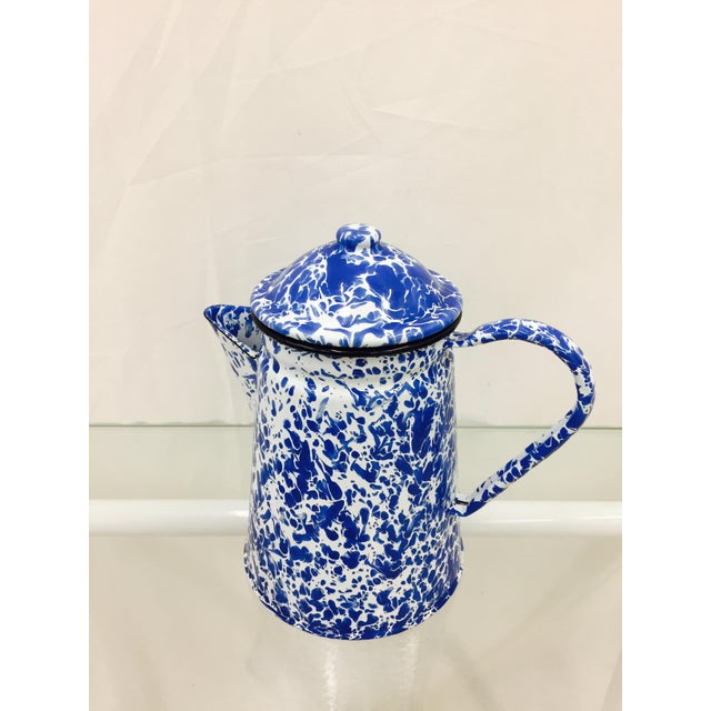 Blue & White Paint Splattered Enamel 5-Piece Tea Set For Sale - Image 10 of 11