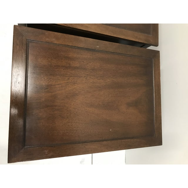 Hollywood Regency Hekman Walnut Side Tables - Pair For Sale - Image 3 of 13