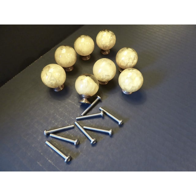 Metal 1960s Vintage Mid Century Modern Ruth Richmond Lucite Drawer Knobs / Door Pulls - Set of 8 For Sale - Image 7 of 13
