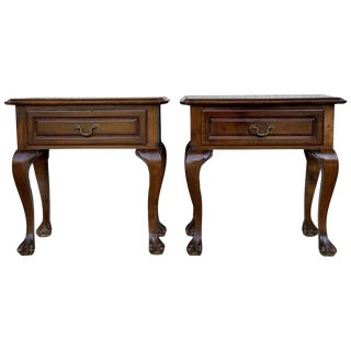 20th Century Pair of French Nightstands With One Drawer and Claw Feet For Sale