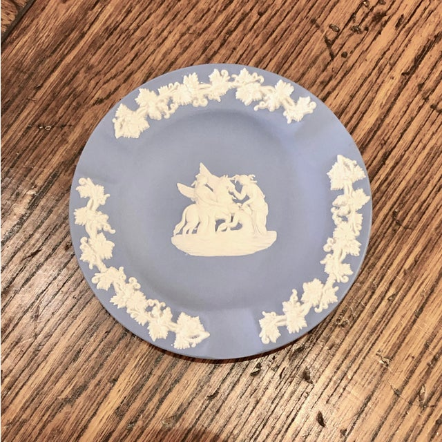 Mid-Century Modern Wedgwood Jasperware Pale Blue Round Ashtray Queensware With Original Box For Sale - Image 3 of 9