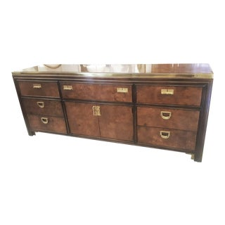 Vintage Mid-Century Vanleigh Furniture Burl Wood and Brass Credenza For Sale