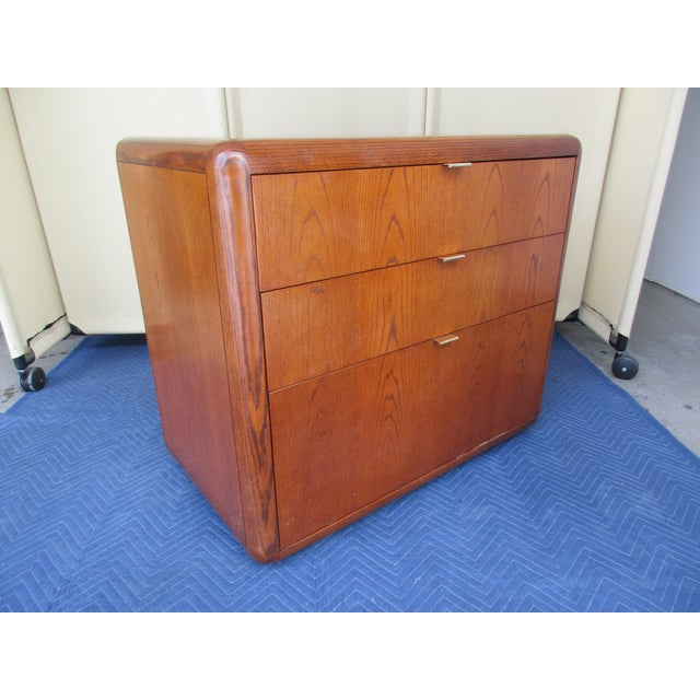 Late 20th Century Mid-Century Modern 3-Drawer File or Storage Cabinet With Rounded Corners For Sale - Image 5 of 13