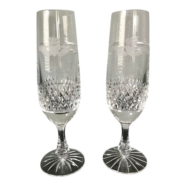 1980s Vintage Galway Irish Crystal Claddagh Ring Fluted Champagne Flutes-a Pair For Sale