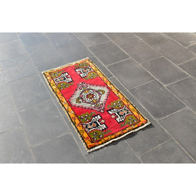 Size: 1.7 x 3.3 ft (52 x 101 cm) 20.5 x 39.7 inches Color: Red Material: 100% Wool Fast Shipping: Delivery in 1-3 Business...