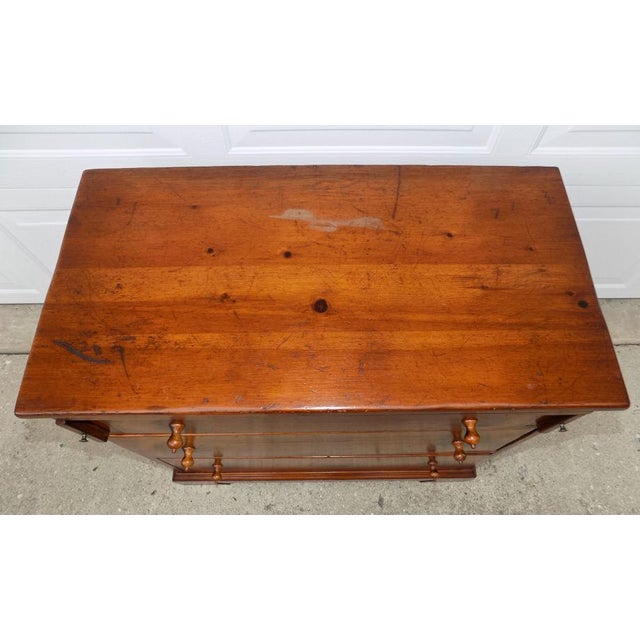 1950s Vintage Pine Tique 3-Drawer Bachelors Chest For Sale - Image 6 of 11