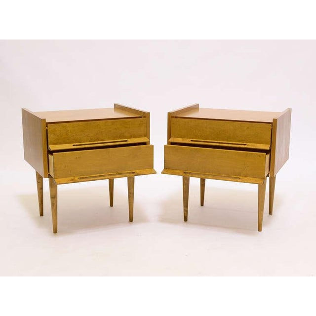 Edmond J. Spence Pair Of Nightstands/ End Tables By Edmond Spence For Sale - Image 4 of 8