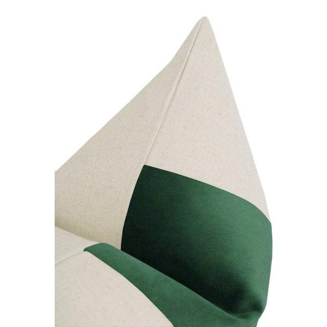 """22"""" Malachite Velvet Panel & Linen Pillows - a Pair For Sale - Image 4 of 6"""