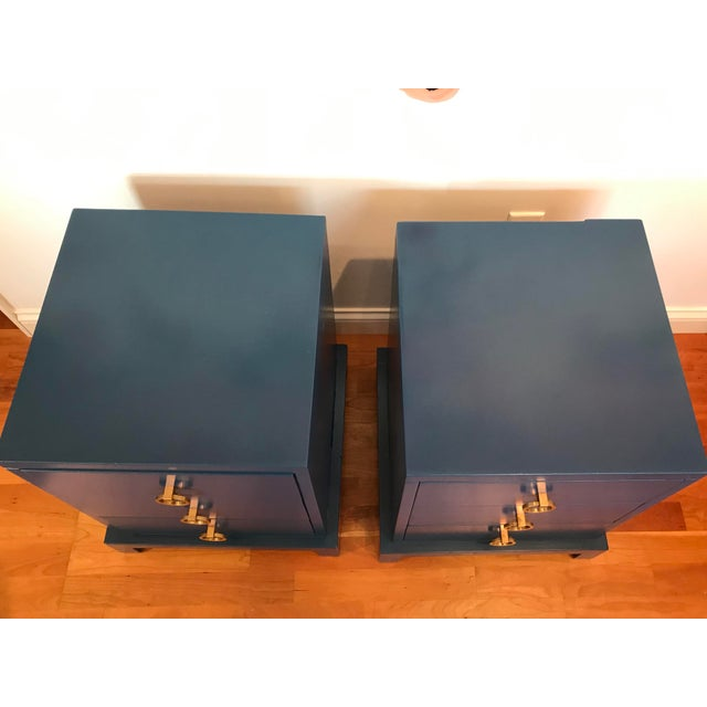 "1950s Vintage T. H. Robsjohn Gibbings for Widdicomb ""Modern Original"" 3 Drawer Nightstand Solid Brass Pulls - a Pair For Sale - Image 5 of 11"