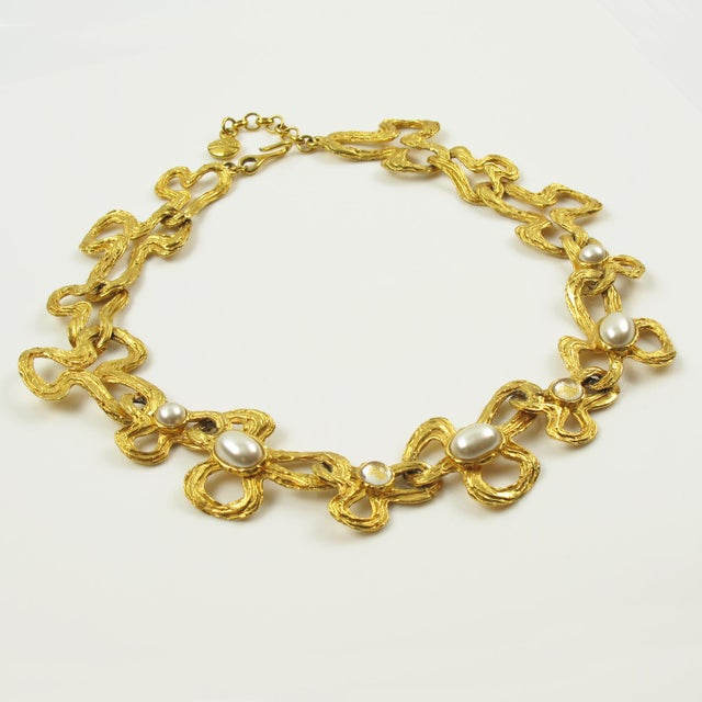 Lanvin Paris Choker Necklace Gilt Metal Pearl and Glass Cabochon For Sale In Atlanta - Image 6 of 10