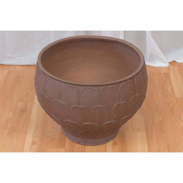 """Mid-Century Modern David Cressey for Architectural Pottery """"Thumb Print"""" Planter For Sale - Image 3 of 6"""