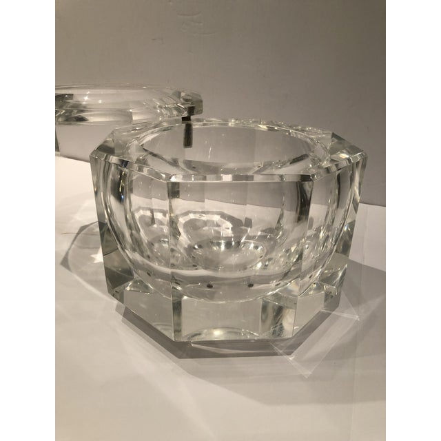 Hollywood Regency 1970's Lucite Ice Bucket by Alessandro Albrizzi For Sale - Image 3 of 8