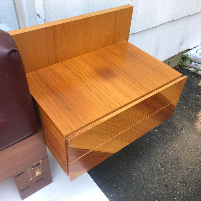 Mid-Century Modern Kingsize Headboard With Nightstands by Rougier For Sale In New York - Image 6 of 13