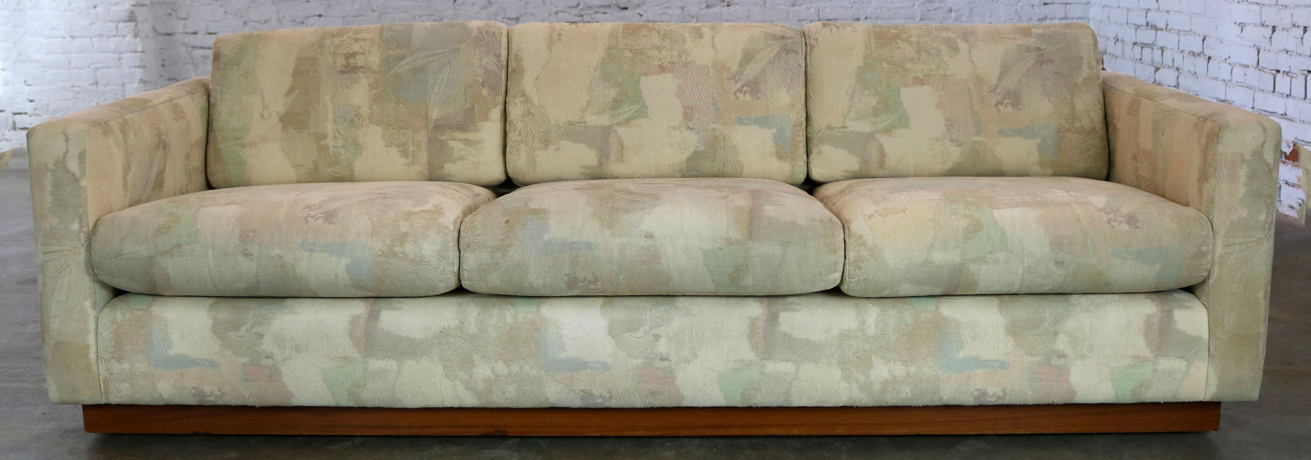 Wonderful Floating Tuxedo Style Sofa Done In The Manner Of Milo Baughman  For Thayer Coggin.