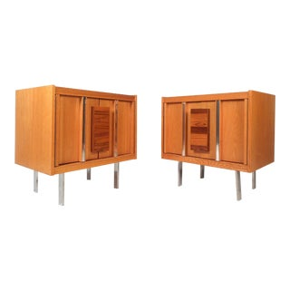 Pair of Vintage Modern Oak and Rosewood Nightstands For Sale