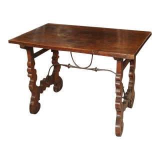 1750 Italian Walnut Wood Writing Table For Sale