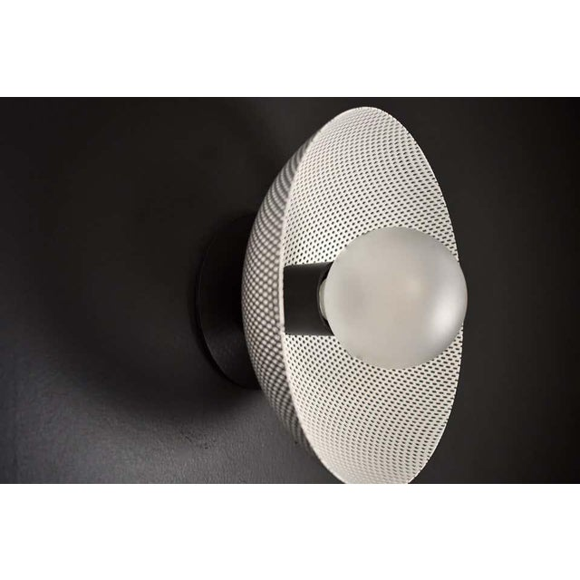 Mid-Century Modern Centric Wall Sconce in White Enamel Mesh & Oil-Rubbed Bronze by Blueprint Lighting For Sale - Image 3 of 5