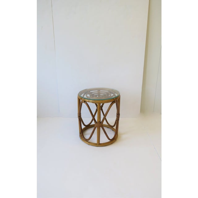 20th Century Hollywood Regency Round Wicker Rattan Bentwood Side Table For Sale - Image 10 of 10