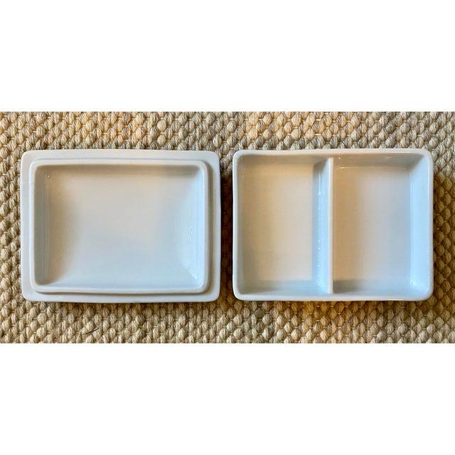 Ceramic Vibrant Vintage Japanese Tobacco Leaf Covered Porcelain Box For Sale - Image 7 of 8