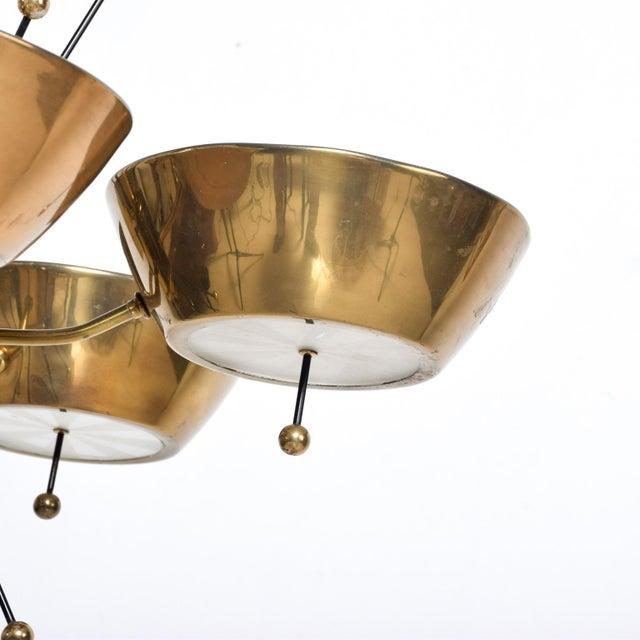 1960s Mid Century Modern Sputnik Italian Chandelier in Brass Paavo Tynell Attr For Sale - Image 5 of 7