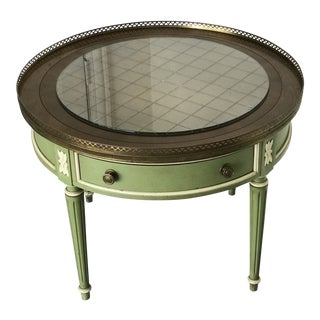 1950s French Hekman Edged Green Painted Round Etched Glass End Table For Sale