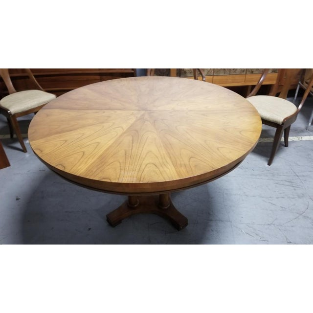 1950's Baker Furniture Palladian Collection Dining Furniture-Set of 7 For Sale In Chicago - Image 6 of 10