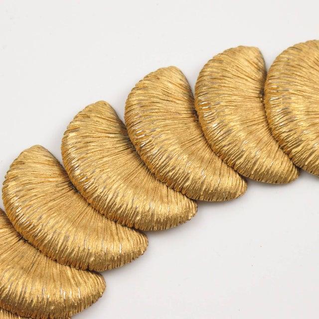 1980s Balenciaga Paris Signed Link Bracelet Gilt Metal Carved and Textured For Sale - Image 5 of 10