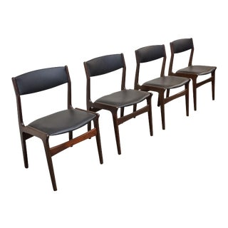 "Danish Mid Century Dining Chairs Nova - Set of 4 - ""Traill"" For Sale"