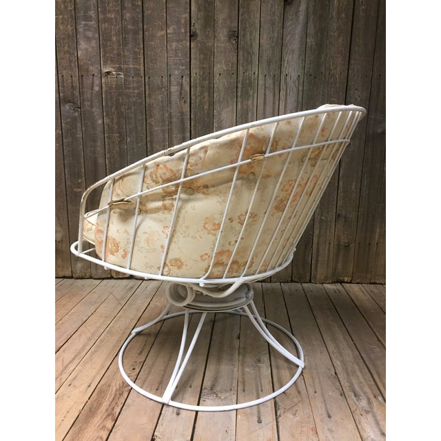 Tan Mid Century Modern White Homecrest Swivel Metal Chair For Sale - Image 8 of 11
