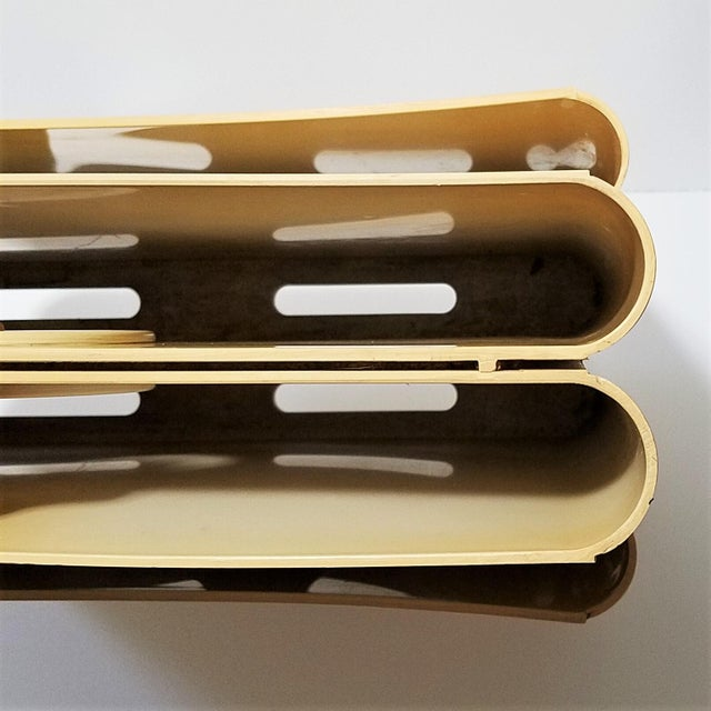 White Vintage Ivory Giotto Stoppino Magazine Rack for Kartell For Sale - Image 8 of 10