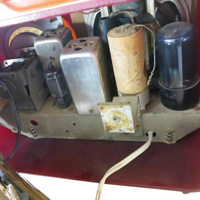 "Fada Model 1000 ""Bullet"" Coffee and Caramel Catalin Tube Radio - Image 8 of 10"