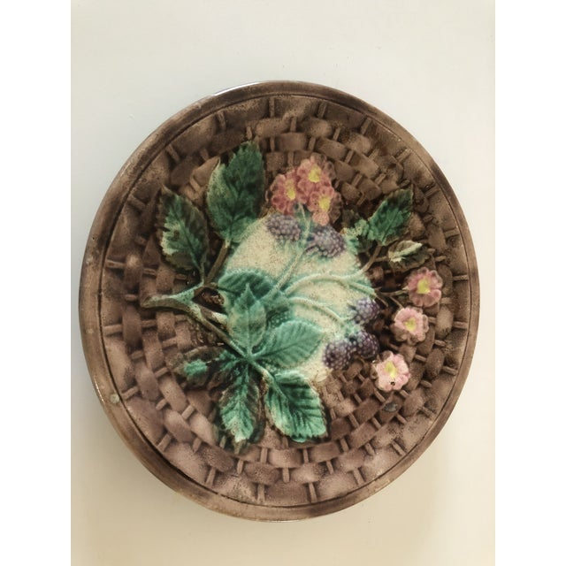 Late 19th Century Majolica Basketweave Plate For Sale - Image 5 of 10