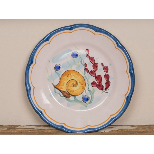 Vincenzo Solimene Late 20th Century Italian Hand Painted Plates - Set of 8 For Sale - Image 4 of 11