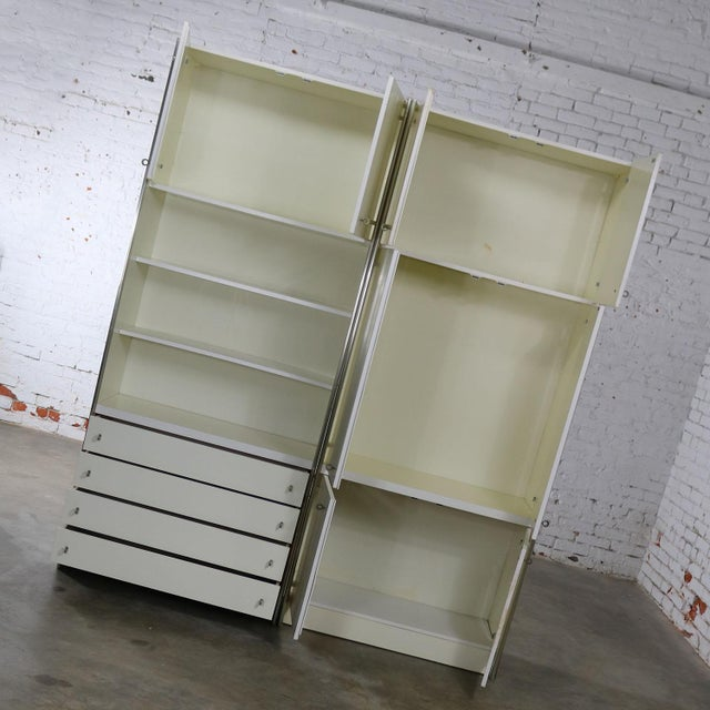 Mid Century Modern White Laminate Wall Unit Bookcase Display Cabinets, a Pair - Image 4 of 11